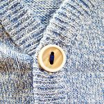 セーターやタイツの毛玉を防止する対策!原因は摩擦と静電気!