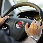 運転中の眠気を覚ます方法!おすすめグッズと飲み物・食べ物は?