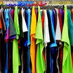 Tシャツの首元がよれよれ…防ぐ方法やすぐ実践できる直し方は?