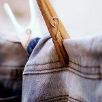 ジーンズの洗濯頻度は夏と冬で違う!色落ちを防ぐ方法は?